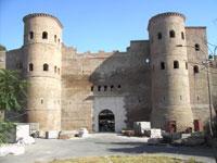 Ворота в Аврелиановой стене